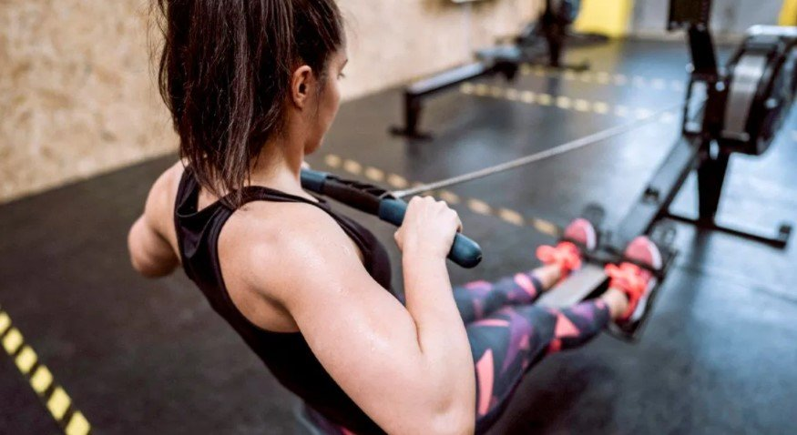 What Are the Benefits of a Rowing Machine for Your Stomach