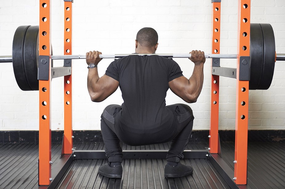 How to Use a Power Rack?